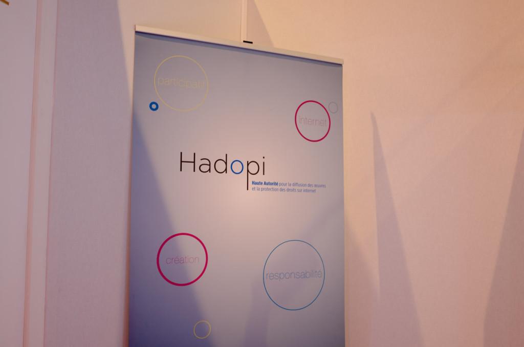 À ce sujet j'ai aussi aperçu le stand Hadopi… J'ai pas eu envie de discuter avec eux.